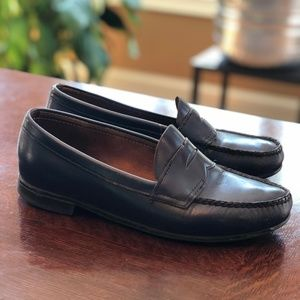 Bass Weejun penny loafers navy women's size 8B